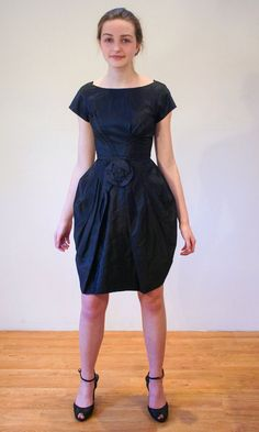 Shapely Swagger 50s Dress S XS Black Swishy by MorningGlorious