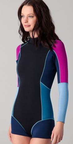 I want this wet suit soooooo bad
