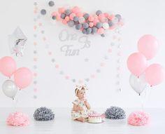 Baby Girl Birthday Ideas Decorations Smash Cakes 48 Ideas For 2019 1st Birthday Party Decorations, Diy Party Decorations, 1st Birthday Parties, Birthday Surprise Kids, Baby Girl Birthday, 1st Birthdays, Birthday Photos, Birthday Ideas, Balloons