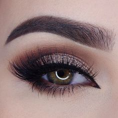 This cocoa smokey eye with winged liner and our ✨Romance✨ lashes by @miaumauve✨ is absolute perfection! She used: @toofaced Chololate Bar palette, @makeuprevolution Awesome Metals foiled eyeshadow in Rose Gold, @sigmabeauty gel liner in Wicked, @minkwinklashes in Romance, @zoevacosmetics and @sigmabeauty brushes || Brows: @anastasiabeverlyhills Dipbrow Pomade in Dark Brown and @sigmabeauty Brow Powder in Medium #wakeupandmakeup