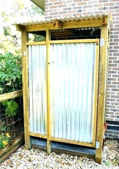 corrugated metal shower shower metal shower stall enclosure outdoor shower more things to do with our old barn corrugated metal walk in shower Backyard Projects, Outdoor Projects, Home Projects, Outdoor Baths, Outdoor Bathrooms, Outdoor Kitchens, Outdoor Spaces, Outdoor Living, Outdoor Decor