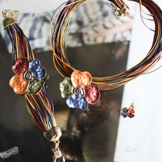 Conjunto colar pulseira e brincos 16,90. Reserva enviando mail para lojatu2014@gmail.com