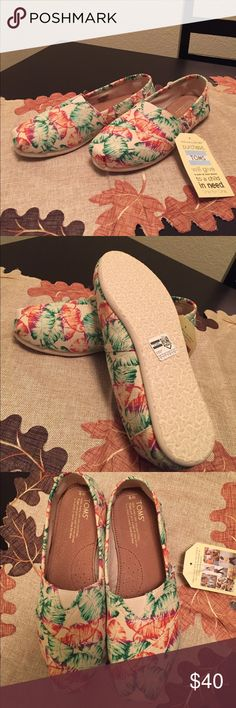 New Toms Size 9 Selling brand new Toms. They are size 9 and a tropical print on them. Selling because they are big on me Toms Shoes Flats & Loafers
