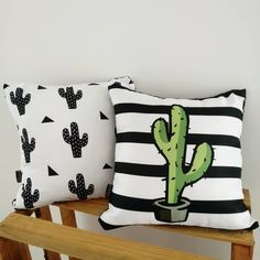 Diy Pillows, Cushions, Throw Pillows, White Cushion Covers, Instagram Blog, Creative Decor, Fabric Crafts, Painting, Design