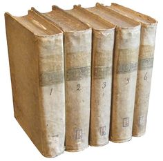 # 4506 Set 5 White Vellum Books