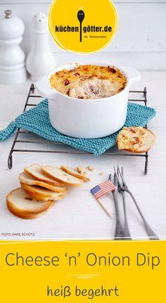Unser Party-Rezept für Liebhaber der deftigen Küche. Der Cheese 'n' Onion Dip hat es wirklich in sich und wird alle Gäste mit seiner Cremigkeit verzaubern.