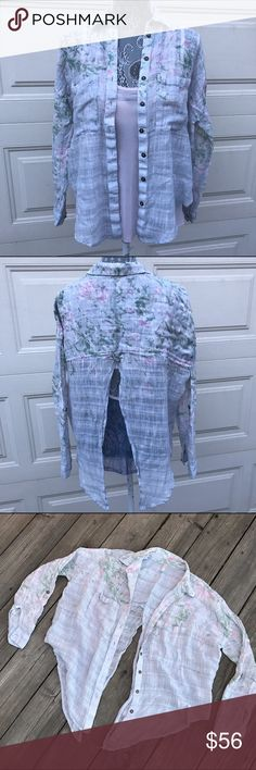 Free People Button Down Split Back Shirt! Free People Button Down Split Back Shirt! Free People Tops Button Down Shirts