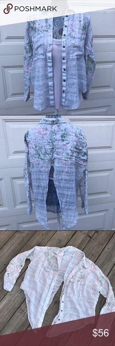Free People Button Down Split Back Shirt! Free People Button Down Split Back Shirt! Free People Tops Button Down Shirts