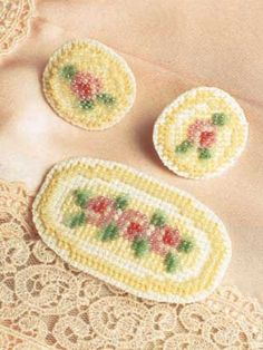 miniature needlework charts - Reutter porcelain co-ordinating towels
