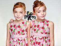 http://isense4u.de/isense4u_2012/Grune_Verbundenheit.html, #Sensy besucht #identical_twins Johanna und Eva, pick auf's Bild #Martin_Schoeller will irritieren http://www.spiegel.de/kultur/gesellschaft/martin-schoeller-identical-portraits-of-twins-a-880078.html Ein #Charakter lässt sich aber mit keinem #Photo-Raster erfassen, nutze also das #Lifecoaching und rede über deine Erfahrungen #pieps_mich_an zum kostenfreien Erstgespräch 08822 25 40 10
