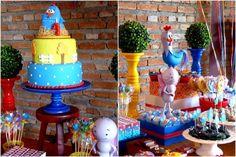 Mesa de doces da Galinha Pintadinha