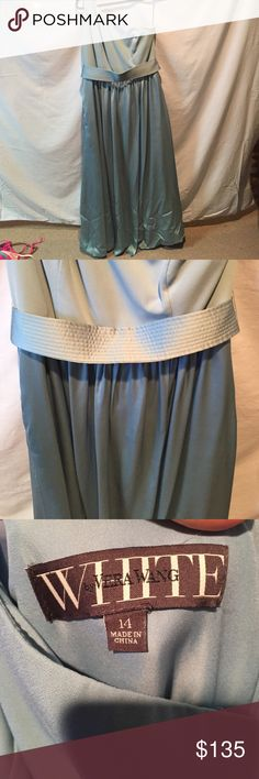 """SALE 🔥Vera Wang Bridesmaid Dress Gorgeous light blue Vera Wang Bridesmaids Dress. I am 5'2"""" and wore a 2"""" heel with this dress and it did not touch the ground. Beautiful Belted designed with pockets! Flattering on all body types! This is bridal size as I am typically a 8/10! Vera Wang Dresses One Shoulder"""
