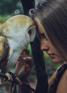 Olkarny, David - Woman w Owl Photo D Art, Foto Art, Owl Photos, Nature Photos, Fantasy Photography, Animal Photography, Owl Bird, Pet Birds, Beautiful Birds