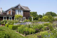 Barefoot Contessa Ina Garten's East Hampton garden.