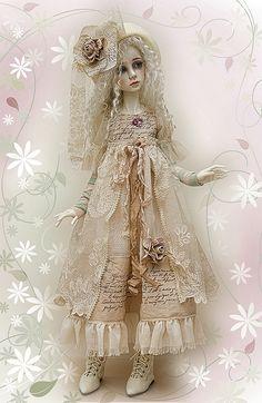 Dollstown 'Arin' in Lililace design by jeanoak, via Flickr