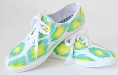 32 Awesome Ways To Pimp Up Your Sneakers, Toms Or Espadrilles | Shelterness