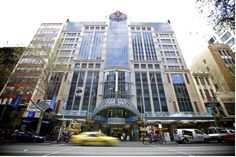 Novotel #hotel on Collins is just 330 yards from the iconic Bourke Street Mall and its just a 15-minute walk from the Melbourne theatre district. No wonder that this is the most perfect family hotel in #Melbourne #Australia!