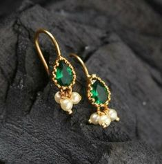First-class Cute jewelry aesthetic,Jewelry earrings videos and Jewelry vintage wedding. Gold Jhumka Earrings, Gold Earrings Designs, Necklace Designs, Drop Earrings, Turquoise Jewelry, Silver Jewelry, Silver Ring, Pearl Jewelry, Pearl Necklaces