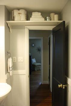 Over the door storage for a small Bath: when you are hurting for storage in your. Over the door storage for a small Bath: when you are hurting for storage in your small bath Clever Bathroom Storage, Creative Storage, Bad Inspiration, Bathroom Inspiration, Sweet Home, Diy Casa, Bathroom Renos, Bathroom Hacks, Bathroom Remodeling