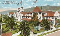 A postcard (post-marked of the Hollywood Hotel (demolished on the northwest corner of Hollywood and Highland (site of the present Hollywood-Highland Mall). Hollywood Hotel, Hollywood Boulevard, Hollywood California, Golden Age Of Hollywood, Vintage Hollywood, Classic Hollywood, Southern California, Hotel Sites, Sunset Strip