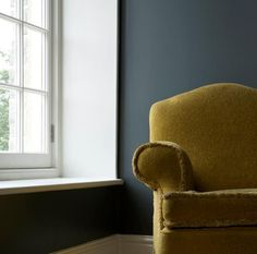 Mustard armchair, walls: Farrow & Ball 'Down Pipe', Skirting: 'Wimborne White'. Farrow Ball, Farrow And Ball Paint, Room Colors, Wall Colors, Paint Colors, Color Walls, Paint Walls, Sofa, Couch