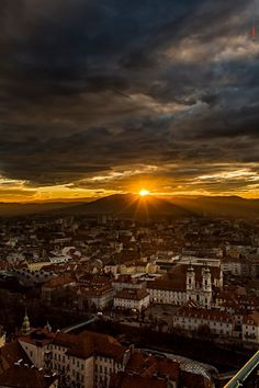 A breathtaking view of the renaissance town of Graz, Austria. Visit Austria, Austria Travel, What A Beautiful World, Beautiful Places, The Places Youll Go, Places To Visit, Graz Austria, Carinthia, Holiday Places