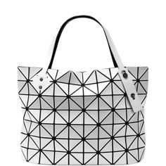 ROCK BASIC SMALL BAO BAO ISSEY MIYAKE The rock handbag is the perfect  everyday bag. This bag can fit a tablet 92ed4793d49da