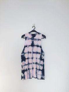 indigo tie-dye sleeveless shirt by UFABRIQUE on Etsy #indigo #tiedye #shibori #ufabrique