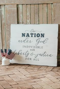 Proudly display your patriotism with this wood sign featuring the Pledge of Allegiance by Aimee Weaver Designs #pledgeofallegiance #patriotic #usa #independenceday