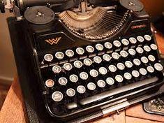 """Artikel der præsenterer """"4 Free Ways To Start Your Own Blog"""", og indeholder en masse links til, hvor der kan søges ekstra inspiration."""