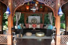 Moroccan outdoor living area - gorgeous!