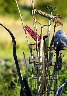 L''entretien des outils de #jardin permet de prolonger leur durée de vie et de disposer de matériel toujours en bon état.  #outil #jardinier.