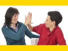 ¿Cómo puedo hacer que mi hijo adolescente se sienta feliz en familia?
