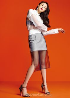 Victoria ( F(x) ) - Harper's Bazaar Magazine May Issue South Korean Girls, Korean Girl Groups, Song Qian, Victoria Song, Formal Suits, Queen, Asian Woman, Editorial Fashion, High Waisted Skirt