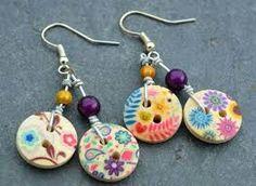 Pierced ears earrings double buttons in multicolored wood and pearls - B . - Pierced ears earrings double buttons in multicolored wood and pearls – B … – - Fabric Jewelry, Beaded Jewelry, Ear Earrings, Double Earrings, Button Necklace, Diy Buttons, Earrings Handmade, Handmade Jewellery, Jewellery Box