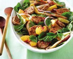 À la fois sucrée et épicée, cette salade est pleine de goût! Kung Pao Chicken, Pasta Salad, Sprouts, Potato Salad, Spinach, Salads, Potatoes, Vegetables, Ethnic Recipes