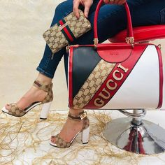 Summer Handbags, Purses And Handbags, Gucci Fashion, Fashion Bags, Fashion Sandals, Sneakers Fashion, Channel Bags, Heeled Boots, Shoe Boots