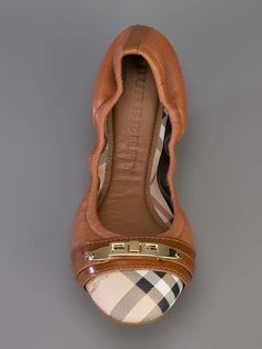 Burberry London BURBERRY 3870379 brown ??? Leather