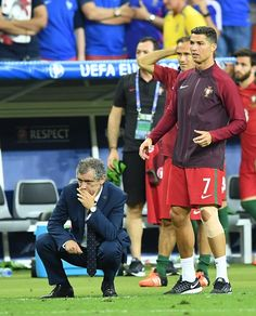 Portugal's Cristiano Ronaldo and head coach of Portugal Fernando Santos are seen during the Euro 2016 final football match between Portugal and. Football Love, World Football, Football Match, Portugal National Football Team, Portugal Soccer, We Are The Champions, Cristiano Ronaldo Cr7, Good Soccer Players, Team 2
