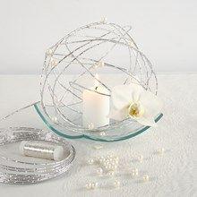 13611 Innbydelse, borddekking og bordpynt til bryllup i hvitt