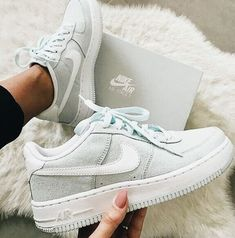 size 40 c8371 cb3dd Sneakers   Nike   Inspo   More on Fashionchick Zapatos Nike Mujer, Zapatos  Vans,