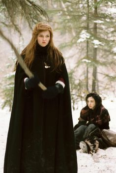 Katharine Isabelle and Emily Perkins in Ginger Snaps Back: The Beginning