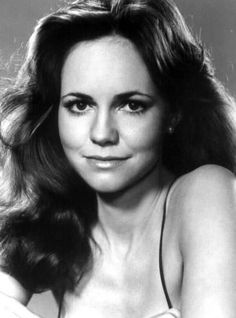 Sally Field: equally brilliant and adorable actress. Feels like I've grown up with her.