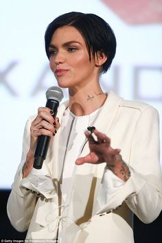 Ruby Rose Photos - Ruby Rose poses at the xXx: 'Return Of Xander Cage' Sydney Fan Event on November 2016 in Sydney, Australia. - xXx: Return Of Xander Cage - Sydney Fan Event Pointed Nails, Stiletto Nails, Rose Queen, Black Nail Designs, Rose Photos, Australian Models, Rose Hair, Ruby Rose, Orange Is The New Black