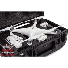 Phantom 4 lovers Check it out! Space City Drones is carrying the only wheeled hard case for the DHI Phantom 4.  @TheCasePro Double tap if you or your friends have or want a Phantom 4. Let me know what you think I'd love some feedback.  #DJI #Phantom4 #SpaceCityDrones #DJIGlobal #Drone #Drones #DroneAccessories #DroneFly #Quality #DJIPhantom4 #GoPro #UAV #DronesDaily