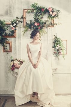 All Details You Need to Know About Home Decoration - Modern Korean Wedding Photography, Wedding Photography Poses, Wedding Poses, Wedding Dresses, Muslimah Wedding Dress, Festa Party, Pre Wedding Photoshoot, Wedding Styles, Marie
