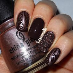 A chocolate inspired mani!  #Essence - Chocolicious, some loose glitter and stamped with #ChinaGlaze - Robotika and #Konad plate m51.
