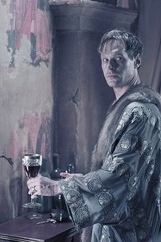 Steven Mackintosh as Tanis in Underworld: Evolution