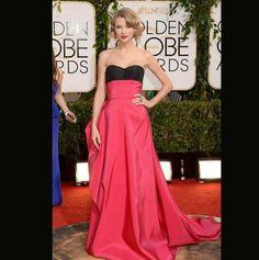 Golden Globes 2014 - Taylor Swift and  her Carolina Herrera dress