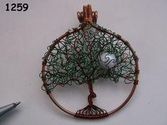 No. 1259 - Curly leaf tree of life with moon - BeadBugs - Jill Norman - New Zealand